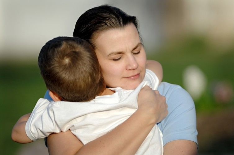 mother son relationship key to emotional development of children
